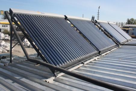Безнапорная солнечная гелиосистема для нагрева больших объемов воды . г. Днепропетровск